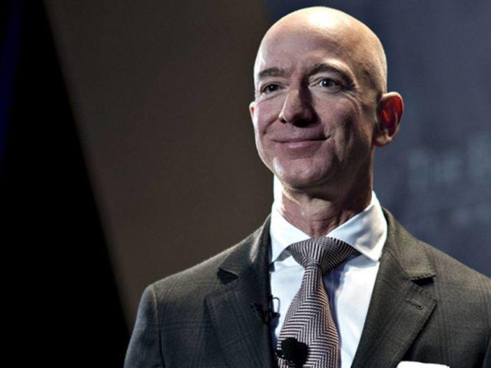 Bezos biedt NASA $ 2 miljard in ruil voor maanmissiecontract